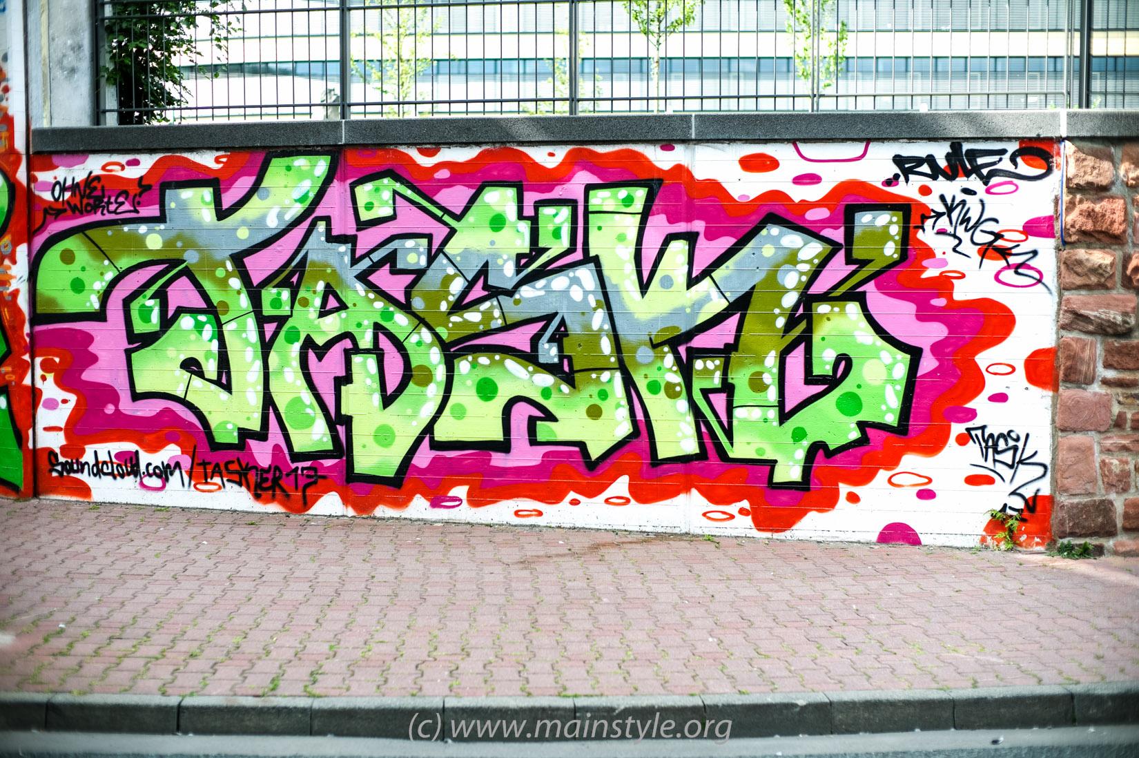 Frankfurt Höchst 2012 Süwag Wall Main