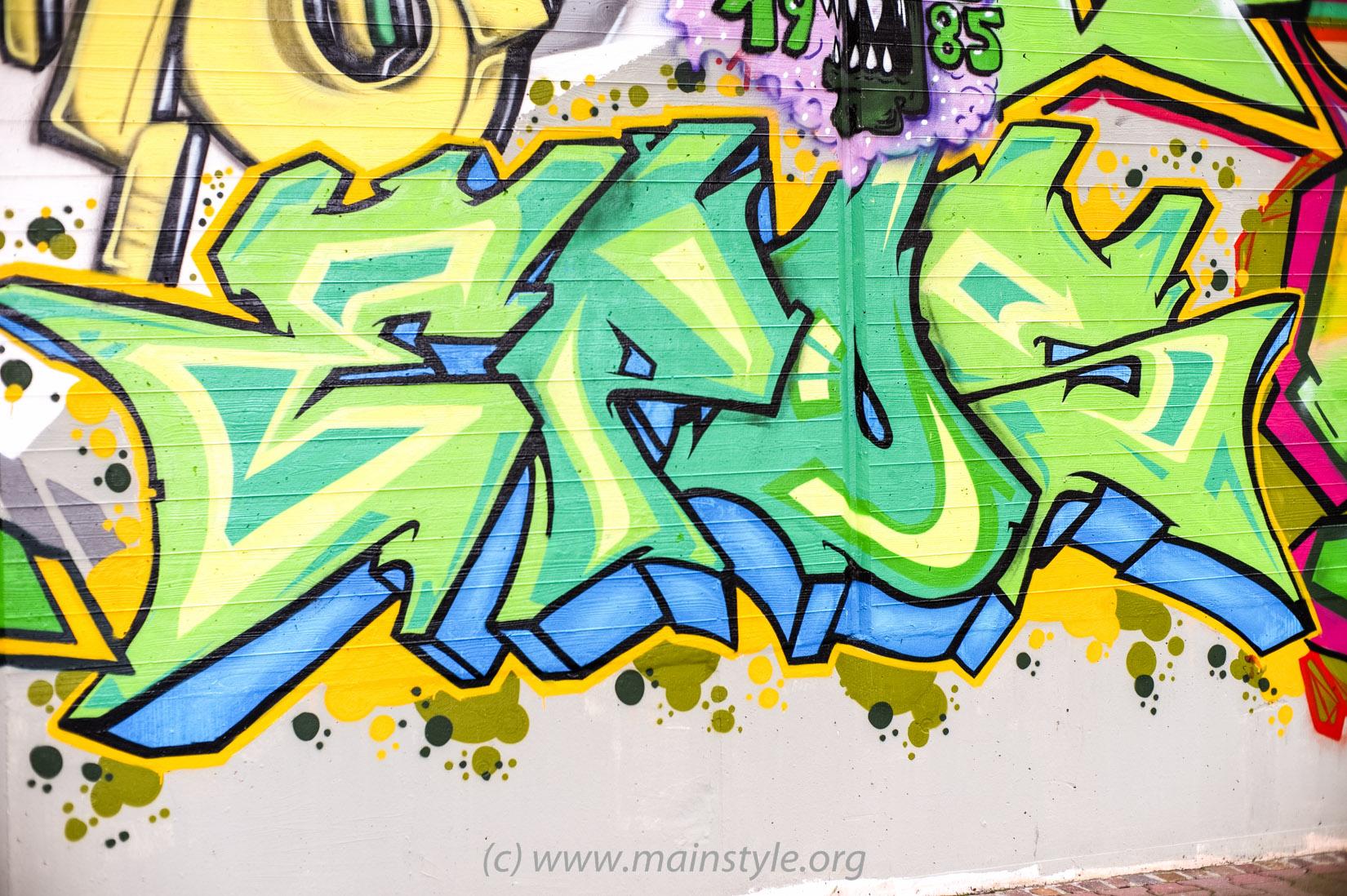 Frankfurt-Höchst_Graffiti_Süwag-Wall_2012 (21 von 35)
