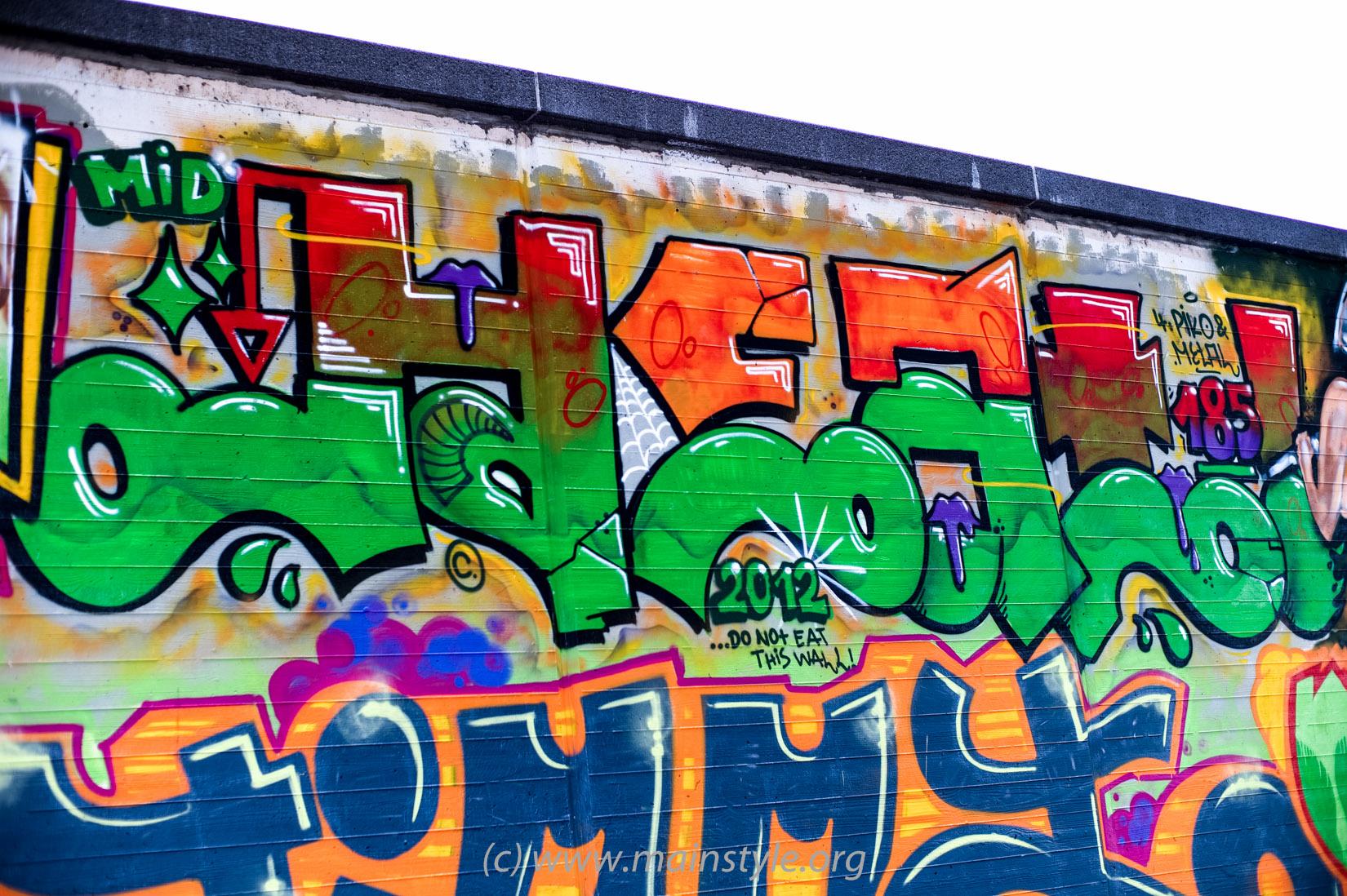 Frankfurt-Höchst_Graffiti_Süwag-Wall_2012 (34 von 35)
