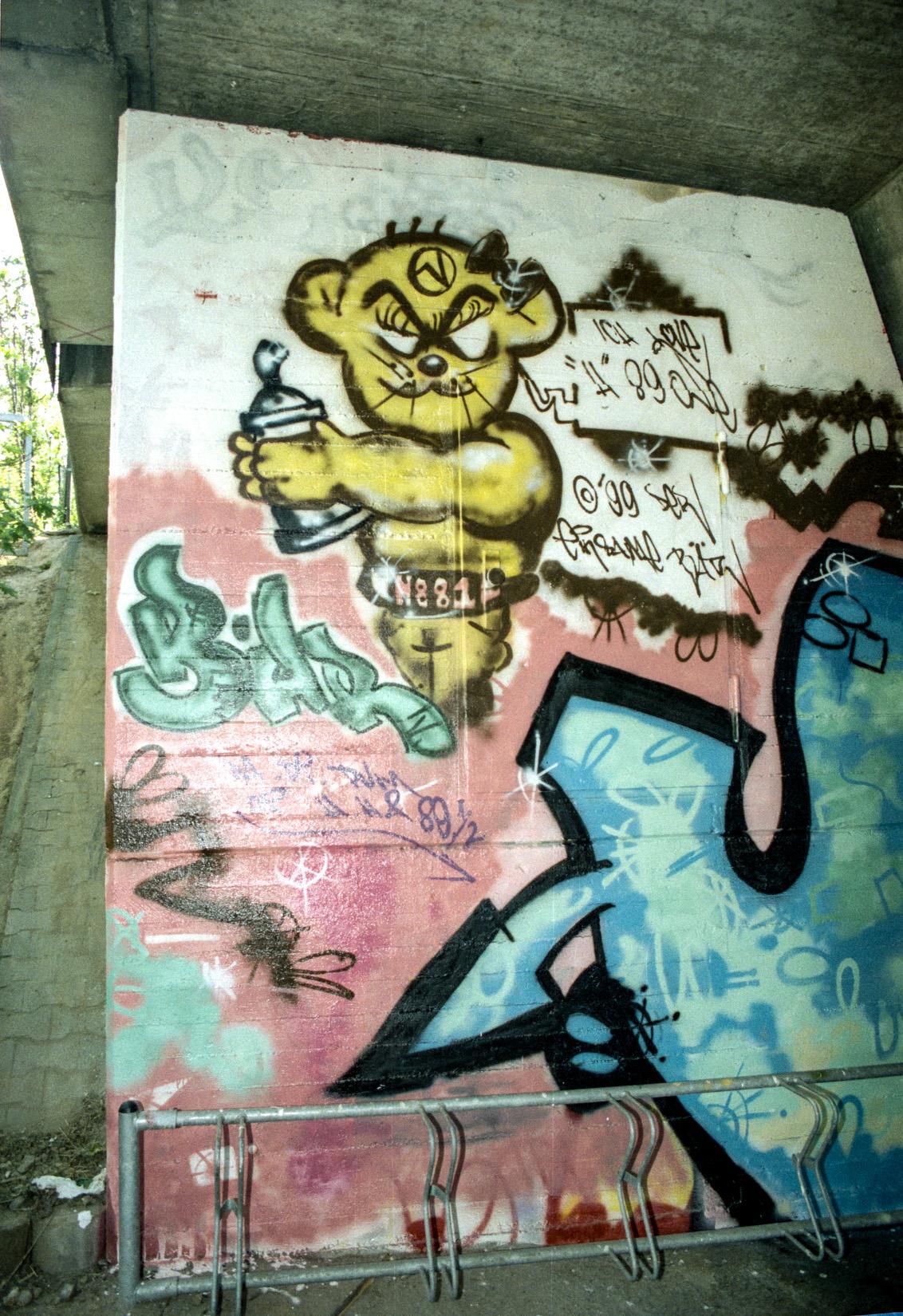 Frankfurt_Graffiti_1988_1989_H88_FRC (6 von 25)
