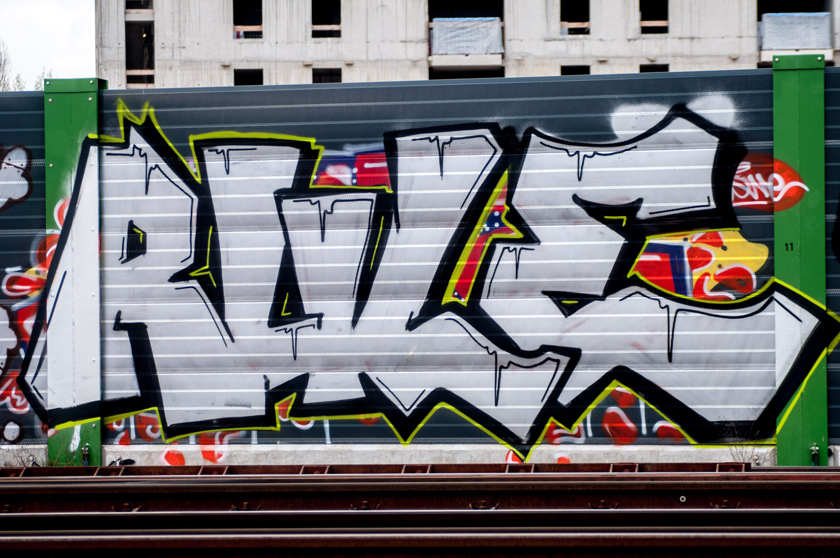 Frankfurt_Graffiti_Gallus Warte_2014-03 (14 von 45)
