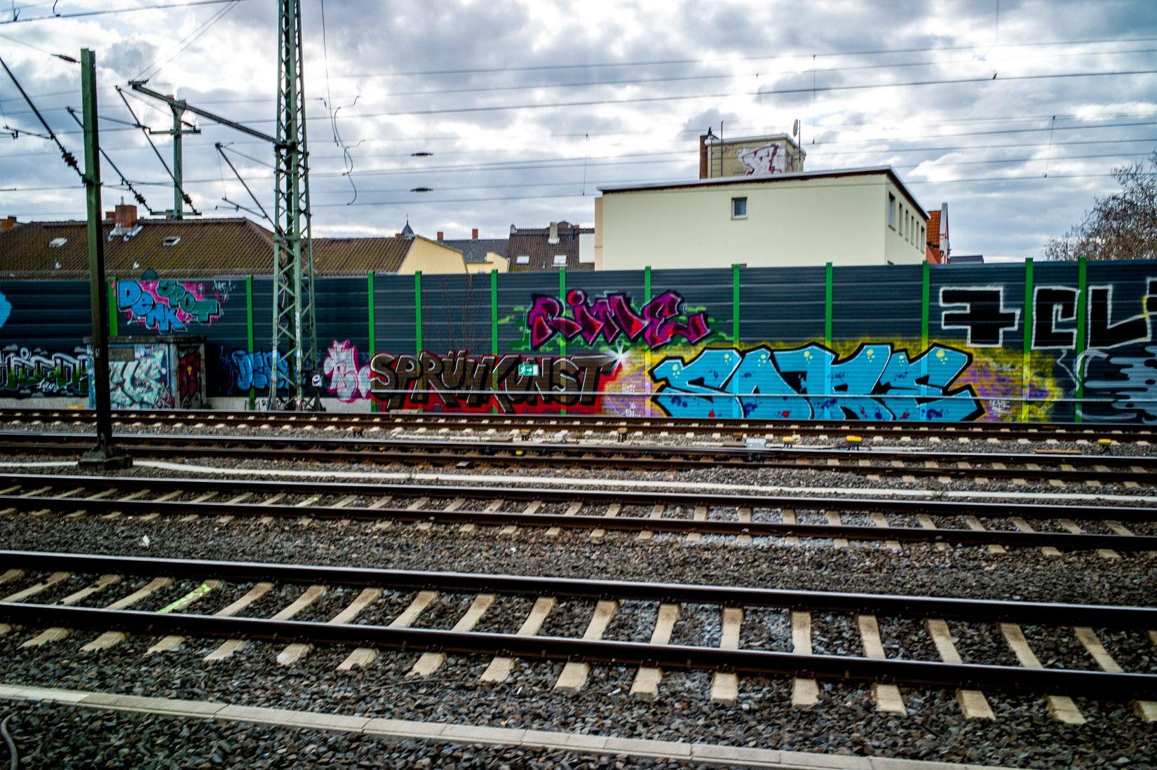 Frankfurt_Graffiti_Gallus Warte_2014-03 (36 von 45)