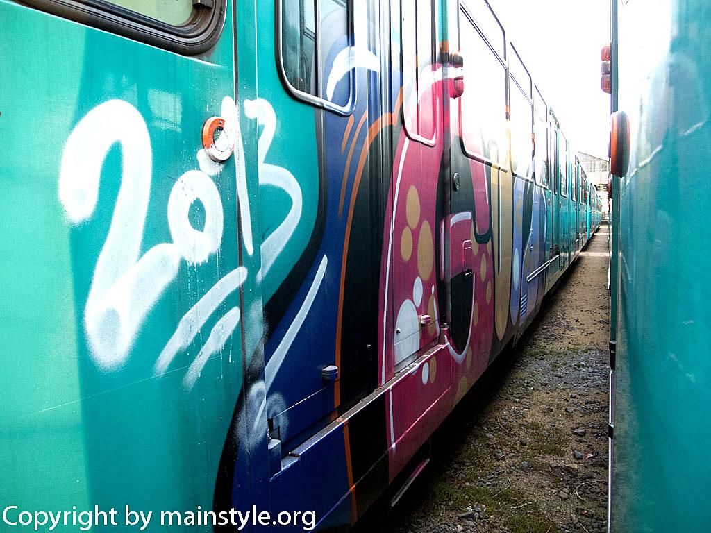 Frankfurt_Graffiti_U-Bahn_Straßenbahn_2010-2013-1163