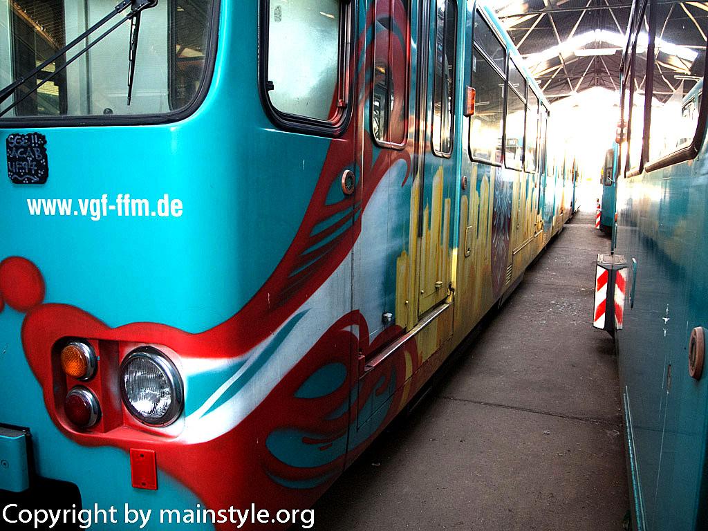 Frankfurt_Graffiti_U-Bahn_Straßenbahn_2010-2013-1256